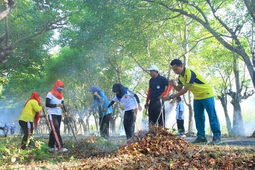 Pidato Tentang Kebersihan Lingkungan Masyarakat
