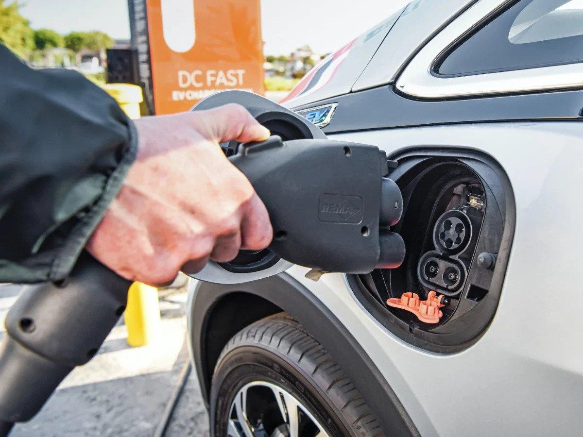 Energi Listrik Diubah Menjadi Energi Putaran Oleh Motor